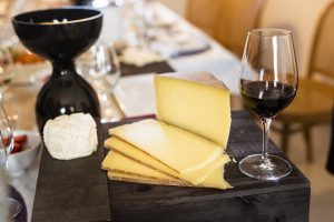 Maridatge de vins i formatges catalans