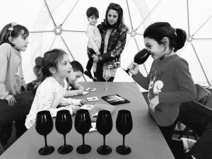 Taller infantil d'aromes del vi